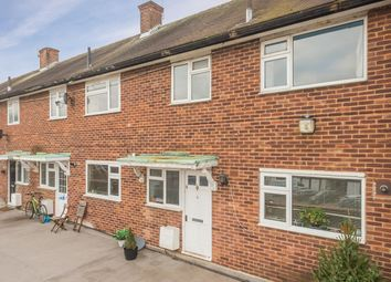 Thumbnail 3 bedroom flat for sale in The Quadrant, St.Albans