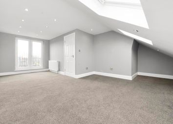 Thumbnail 3 bedroom flat to rent in Woodstock Avenue, Northfields