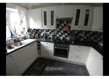 Thumbnail Room to rent in Jubilee Close, Tadley
