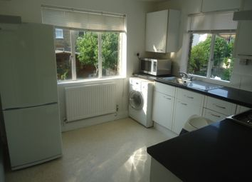 Thumbnail 2 bed flat to rent in Lordship Lane, Wood Green