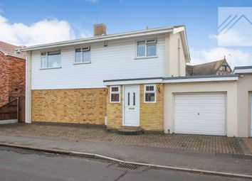 Thumbnail 3 bed detached house to rent in Waarden Road, Canvey Island