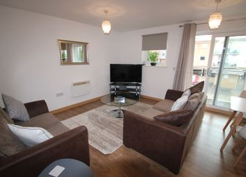 2 bed flat to rent in Hawkins Road, Colchester CO2