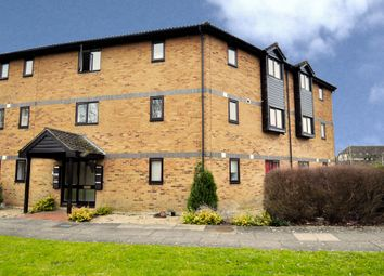 Thumbnail 1 bed flat to rent in Heron Drive, Bicester