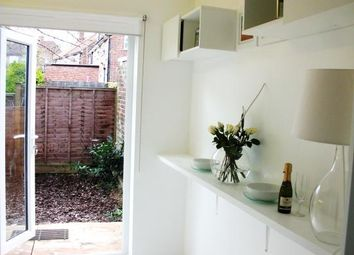 Thumbnail Studio to rent in Colney Hatch Lane, London, London