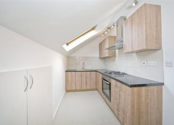 Thumbnail 3 bed flat to rent in Camden Road, Holloway
