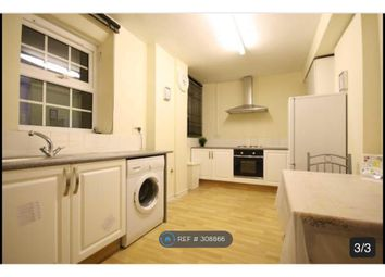 Thumbnail 3 bed flat to rent in Stockwell London, London