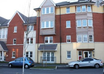 Thumbnail 2 bed flat to rent in Churchill Avenue, Basildon