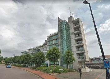 Thumbnail 2 bed flat to rent in Sovereign Quay, Havannah Street, Cardiff Bay