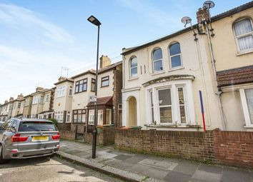 Thumbnail 1 bedroom flat for sale in St. Andrew's Road, London