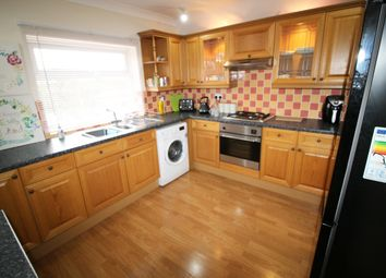 2 bed flat to rent in Warwick Road, Olton, Solihull B92