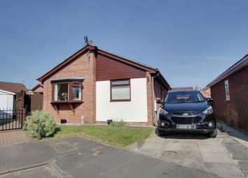 Thumbnail 2 bed detached bungalow to rent in Manor Park, Preston, Hull
