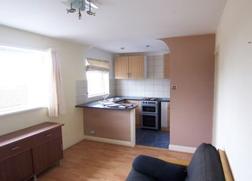 Thumbnail 1 bed flat to rent in Valleyside, Swindon