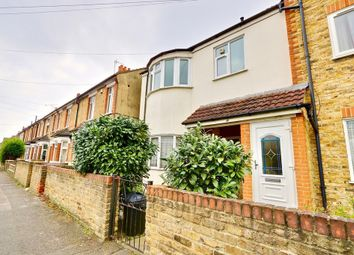 2 bed maisonette for sale in Cromwell Road, Hayes UB3