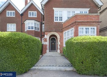 3 bed flat for sale in Grand Avenue, Hove, East Sussex BN3