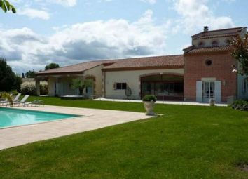 Thumbnail 5 bed villa for sale in Valence, Tarn-Et-Garonne, 82400, France