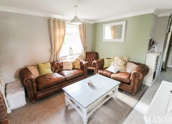 Thumbnail 2 bed flat to rent in Lullingstone Avenue, Swanley