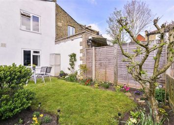 Thumbnail 1 bed flat for sale in Avenue Road, Belmont, Sutton