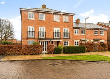 Knowle Avenue, Knowle, Fareham PO17. 4 bed town house