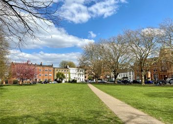Fitzwilliam House, Little Green, Richmond TW9. 3 bed flat for sale