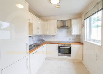 Thumbnail 1 bed flat to rent in The Avenue, Worcester Park, Surrey