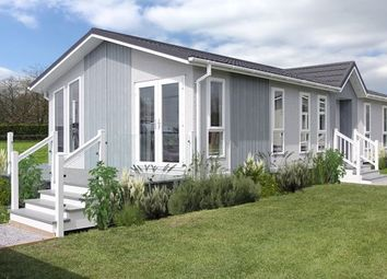 Thumbnail 2 bed mobile/park home for sale in Orchard Park, Twigworth, Gloucester