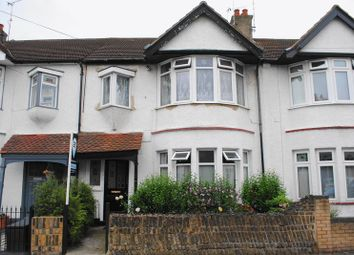 Thumbnail 1 bed flat for sale in Elm Road, Leigh-On-Sea