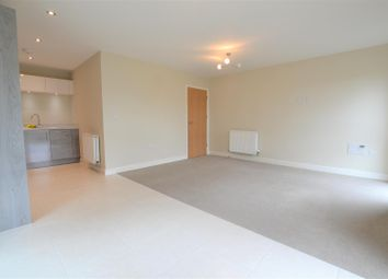 Thumbnail 1 bed flat to rent in Otter Way, West Drayton