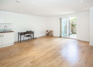 Thumbnail 1 bed flat to rent in Shore Road, London Fields
