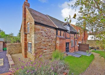 Thumbnail 2 bed cottage for sale in Market Square, Newent