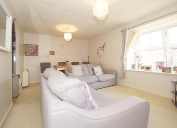 Thumbnail 2 bedroom flat for sale in Stokesay Court, Dartford