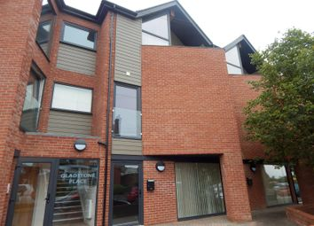 Thumbnail 3 bedroom flat to rent in Stanley Road, Felixstowe