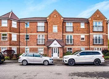Walton Road, Bushey WD23. 2 bed flat for sale