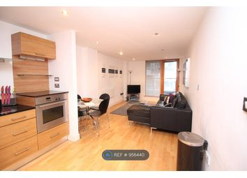 2 bed flat to rent in Chadwick Street, Hunslet, Leeds LS10