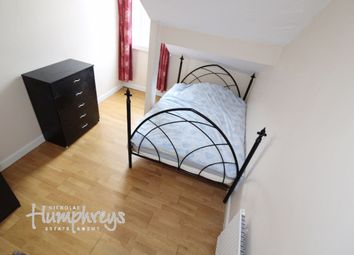 2 bed flat to rent in London Road, Sheffield S2