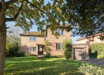 Thumbnail 3 bedroom detached house for sale in Hill Rise, Cuffley