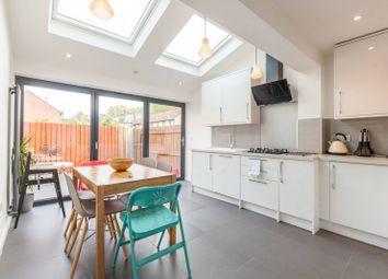 3 bed property to rent in Strathnairn Street, Bermondsey, London SE1