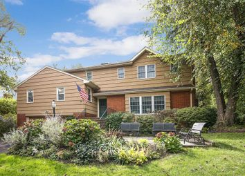 Thumbnail Property for sale in 24 Runyon Place, Scarsdale, New York, United States Of America
