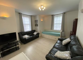 Thumbnail 2 bed flat to rent in Dickens House, London