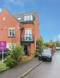 Thumbnail 4 bed town house for sale in Oakview Close, Watford