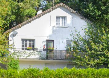Thumbnail 3 bed detached house for sale in Charroux, Vienne, Poitou-Charentes, France
