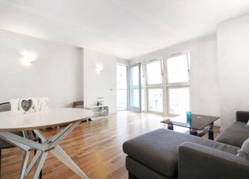 Thumbnail 2 bed flat to rent in New Providence Wharf, 4 Fairmont Avenue, London