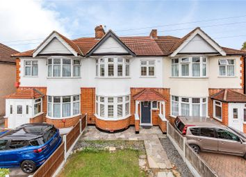 Slewins Lane, Hornchurch RM11. 3 bed terraced house