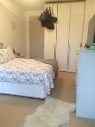 Thumbnail 1 bed flat to rent in Terrano House, Kew Riverside