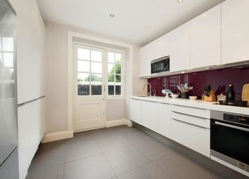 Thumbnail 2 bed flat to rent in Hurlingham Court Mansions, London