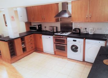 Thumbnail 4 bed shared accommodation to rent in Harberson Road, Balham, London