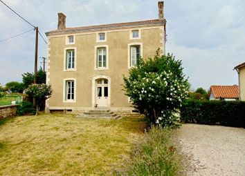 Thumbnail 4 bed property for sale in 79160 La Chapelle-Thireuil, France