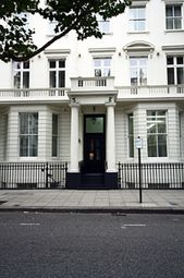 Thumbnail 2 bed triplex to rent in Queen's Gate, London
