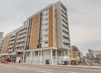 2 bed flat to rent in Frances Wharf, London E14