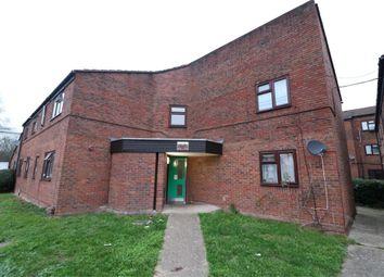 Thumbnail Flat to rent in Sandringham Way, Waltham Cross, Hertfordshire