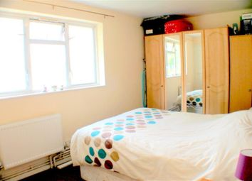 Thumbnail 2 bed maisonette to rent in Villa Street, London